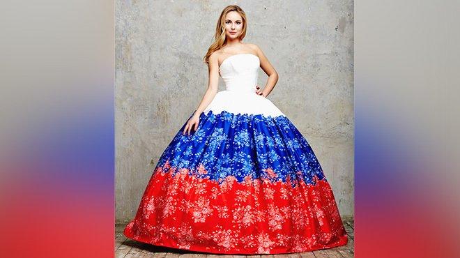 Очаровательная дочь Татьяны Навки нарядилась в платье цвета российского флага