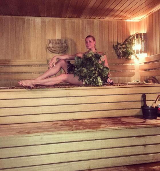 Новинки голая в бане волочкова