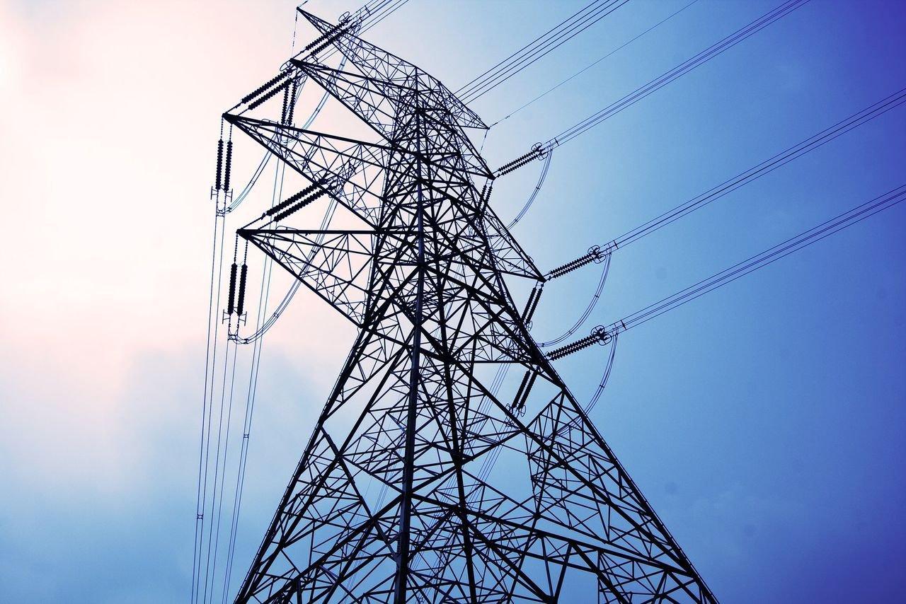 Украина вновь полностью остановила поставку электроэнергии в Крым