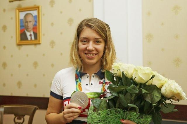 Омичке Бацарашкиной вручили медаль запрославление Крыма