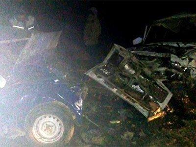 Астрахань: Три человека погибли влобовом столкновении ВАЗов натрассе Волгоград