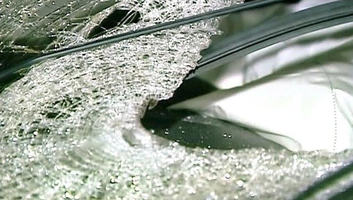 ВКрыму столкнулись три машины, есть жертва