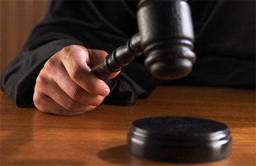 Прежний ведущий «Суд идет» сознался вмошенничестве