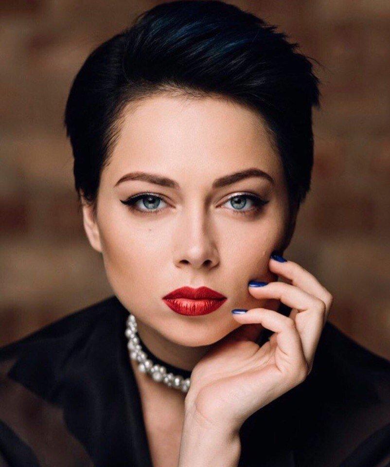 Жюри конкурса видеоблогеров «Эфир намиллион» возглавит Настасья Самбурская