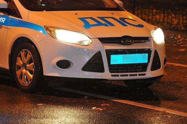 2 человека погибли ввылетевшей машине натрассе Симферополь-Ялта