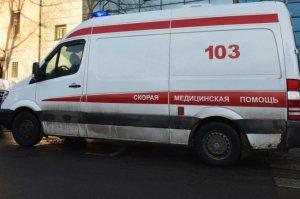В Севастополе при столкновении автобуса и иномарки пострадали шесть человек