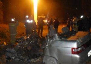 В ДТП на крымской трассе столкнулись бетоновоз и ВАЗ - погибли двое