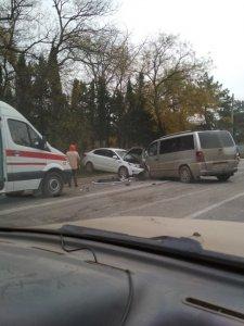 ДТП в Инкермане блокировало движение на трассе