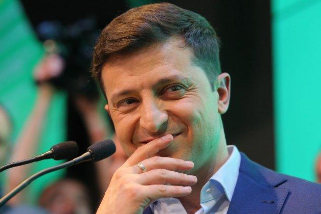 Владимира Зеленского пригласили посетить Крым
